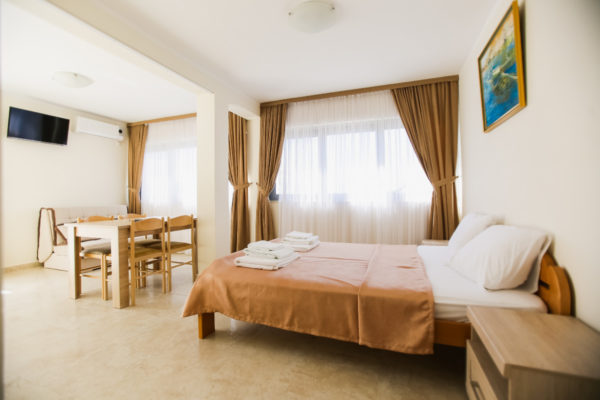 Gonowmonte-discover-montenegro-appartement-36-3