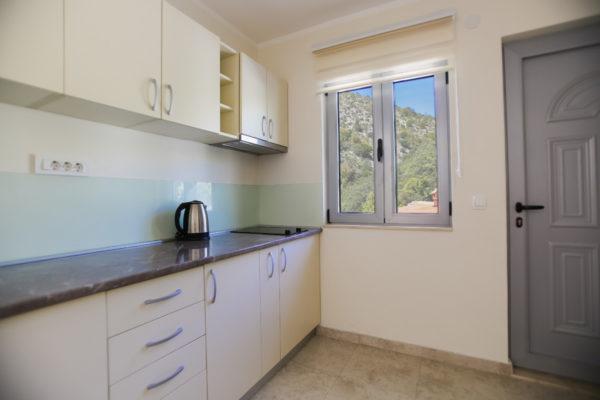 Gonowmonte-discover-montenegro-appartement-42-2